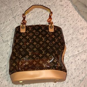 Clear Louis Vuitton bucket bag!